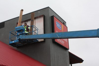 Westcan specializes in servicing and maintaining signs on an ongoing basis for major clients.
