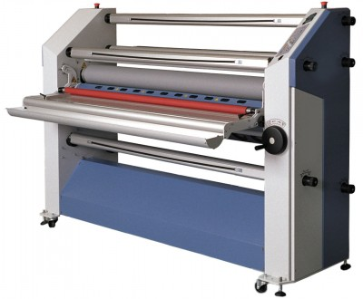 Some laminator models are available in both dual-heat and single-heat versions.