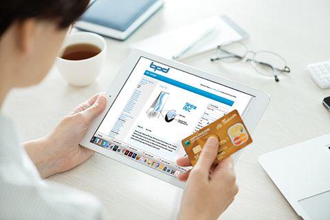 bigstock-Paypal-Website-On-Apple-Ipad-A-67769926