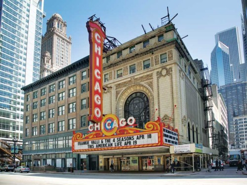 town_Chicago_Theatre_blend