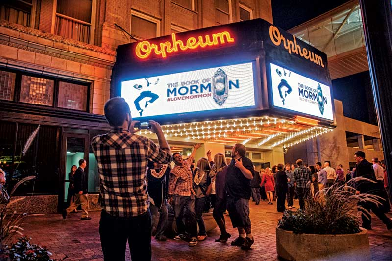 Orpheum-Performing-Arts-Theater-Digital-Marquee