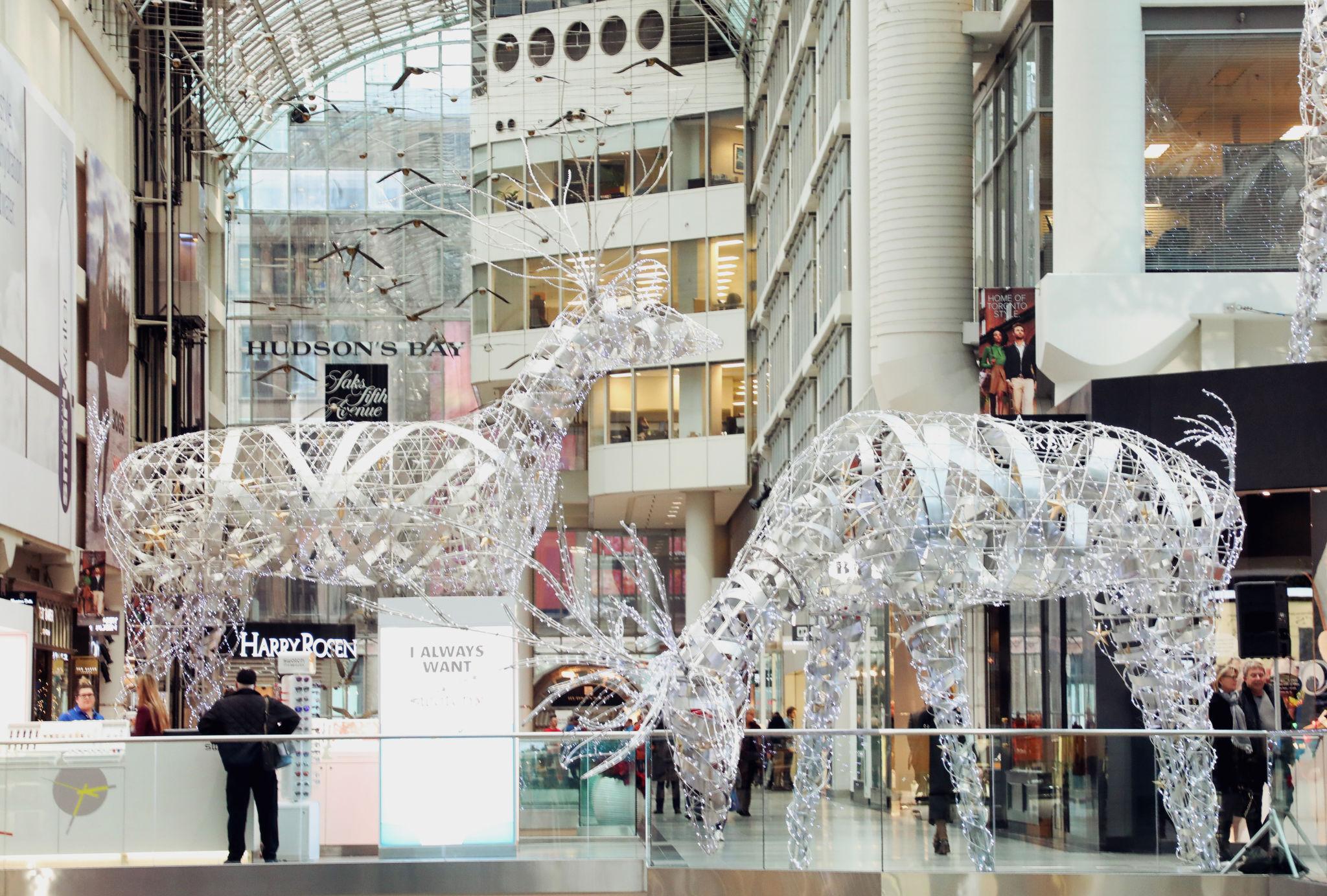 New Holiday Decor Brightens Canadian Malls Sign Media