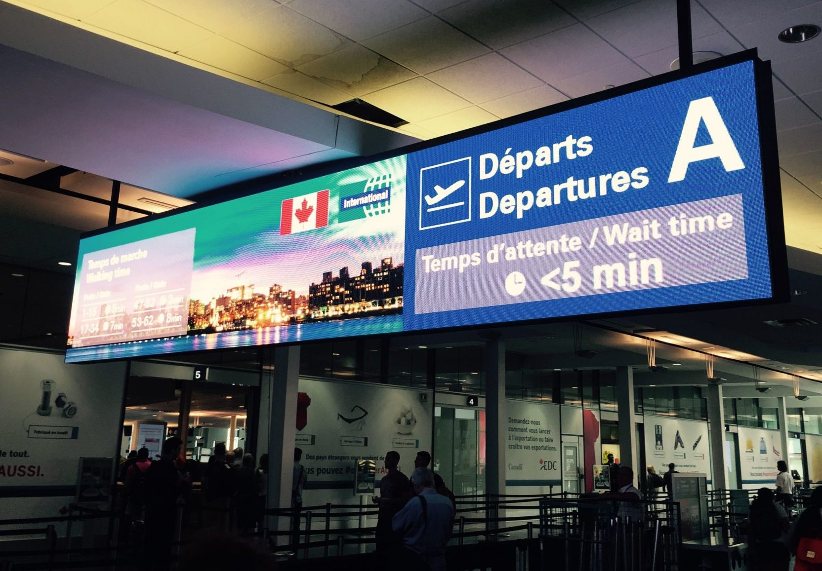 Canada S Busiest Airports Enhanced With Led Displays