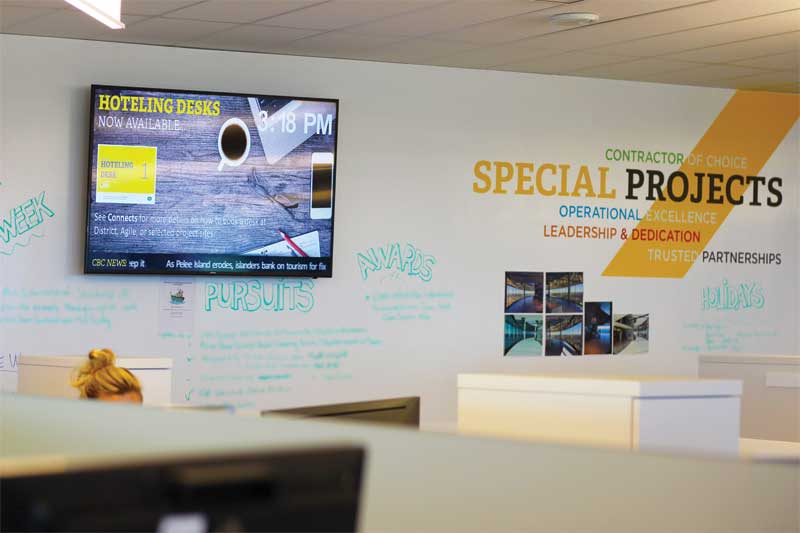 PCL Constructors Canada implemented almost 20 screens throughout its new Toronto district office to engage their staff.