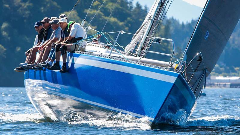 Wrapture Customs applied a blue film to a 17-m (56-ft) race yacht.