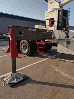 If the aerial lift truck has outriggers, they should be properly positioned and fully extended before the work platform is raised.