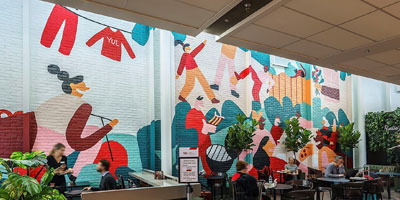 A 2.4-m (8-ft) tall mural can now be admired by passengers in the transborder zone of the Montreal-Trudeau International Airport.