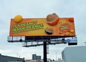 Best in Show: Media Resources Inc. for the Reeses Pieces 3D Billboard Props