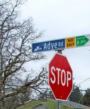 New signs have been installed in Colwood, B.C., neighbourhoods to make people aware of walking and cycling connections, encourage active transportation, and facilitate navigation.